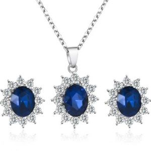 4/$25 New Gorgeous Blue Necklace & Earring Set